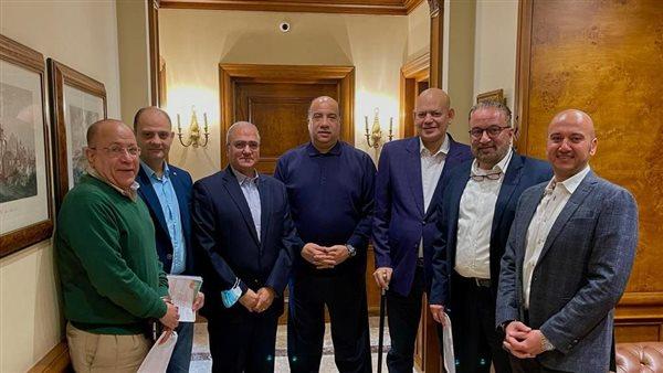 محمد مصيلحى يُوقع عقود استضافة الاتحاد السكندري للبطولة العربية لكرة السلة
